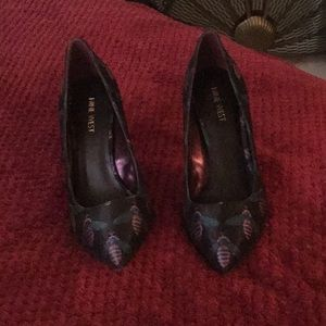 Super Fun Nine West Bumble Bee Shoes 8